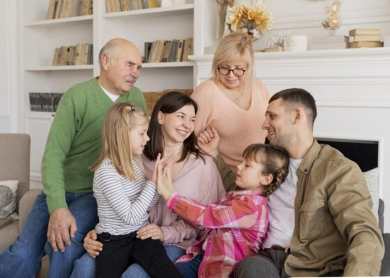 advantages of nuclear family and joint family